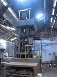 250 Mt Powder Compacting Hydraulic Press