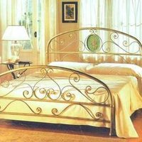 Alluring Metal Bed