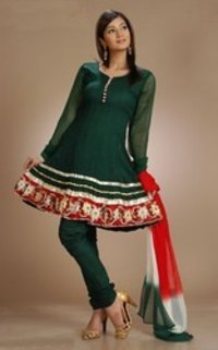 Ladies Embroidered Salwar Kameez