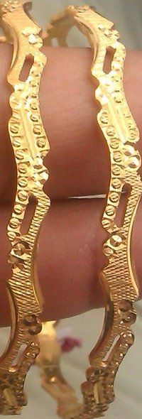 Stylish Gold Bangle