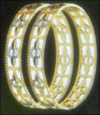 Fashionable Designer Gold Bangles