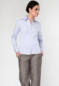 Ladies Cotton Formal Shirts