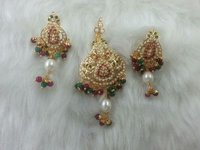 Ladies Gold Plated Party Wear Earrings