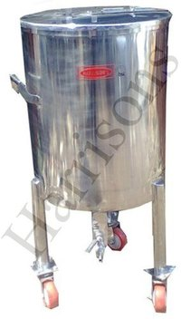 Stainless Steel Mixing And Storage Tank