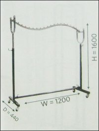 Double Curved Stand