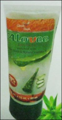 Alovee Face Wash