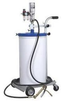 Greaser Pump