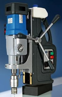 Magnetic base Drilling Machines (100 mm Capacity)