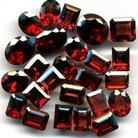 Garnet Faceted Gemstones