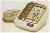 Blood Pressure Monitor (Hem-7130)