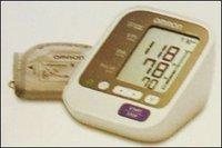 Blood Pressure Monitor (Hem-7130)