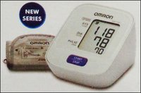 Blood Pressure Monitor (Hem-7120)