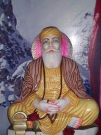 Guru Nanak Dev Statue