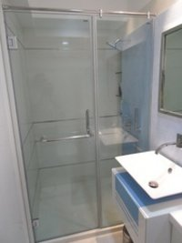 Bathroom Partition Glasses