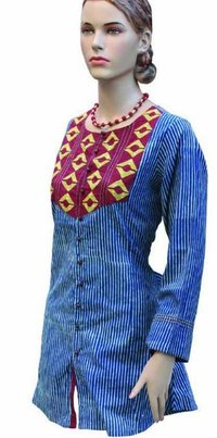 Ladies Designer Kurta