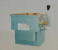 Hand Operated Star-Delta Oil Immersed Starter (M.E.I Type)