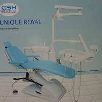 Manually Operated Hydraulic Dental Chair (Unique Royal)