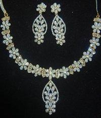 Imitation Fancy Necklaces Set