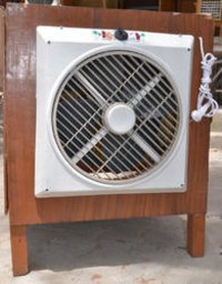 Compact Wooden Body Cooler