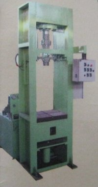 Ceramic Compacting Press Machine