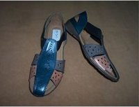 Ladies Fancy Leather Chappal