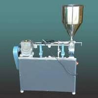 Semi Automatic Cream Filling Machine