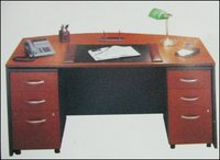 901 Office Desk