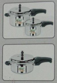 Induction Based Outer Lid Aluminium Pressure Cooker