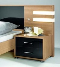 Alluring Bed Side Tables