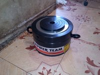 Hydraulic Jack 250 Ton (Power Team)