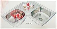 Lily Corner Sink
