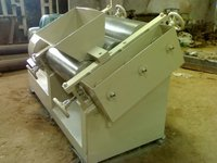 Heavy Duty Triple Roll Mill