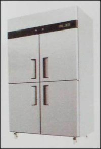 Four Door Vertical Chiller