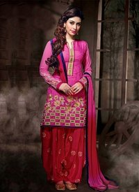 Ladies Punjabi Salwar Suits