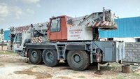 Tyre Mounted Hydraulic Crane On Rental Service
