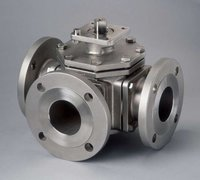 3 Way SS Ball Valve Flanged End