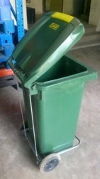 Plastic Wheel Bins With Foot Pedal