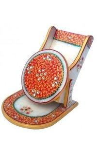 Decorative Carved Mobile Stand Without Watch