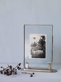Cost-effective Glass Photo Frames