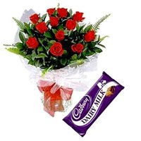 Flowers Bouquet of Roses with Chocolates