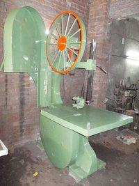 Bandsaw Or Wood Cutting Machine
