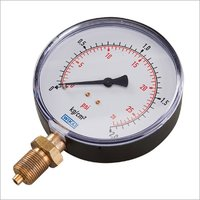 Pressure Gauge With Isolation Valve and Syphon