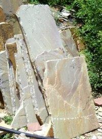 Raveena Natural Stones