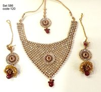 Ladies Designer Necklaces And Earring Set