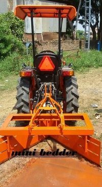 Mini Tractor Bedder