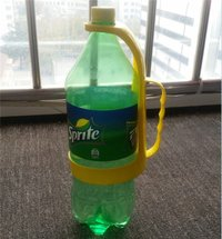 Plastic 2l Bottle Pouring Holder