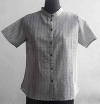 Ladies Blouse With Lines Print