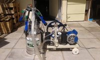 Battery Milking Machine