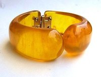 Bakelite Jewelry