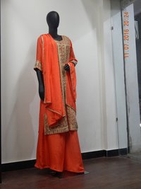 Ladies Crepe Silk Full Suit